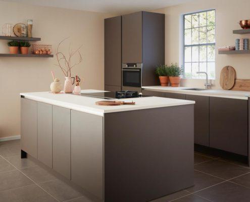 GL2000 Keller Contemporary Kitchen