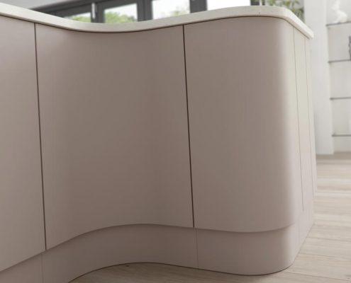Setosa Painted Sheraton Contemporary Kitchen