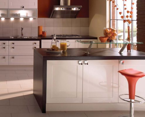 Gloss Stone/White Shaker Sheraton Shaker Kitchen