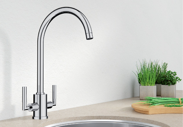 Eye Blanco Kitchen Taps
