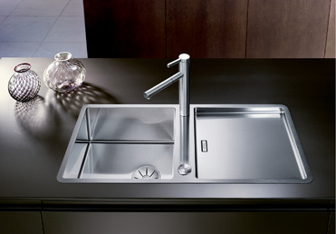 Jaron Blanco Kitchen Sink