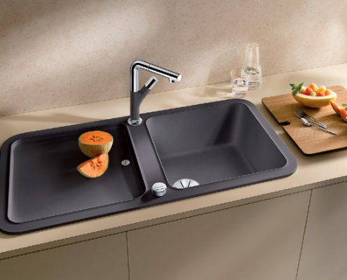 Yova Blanco Kitchen Sink