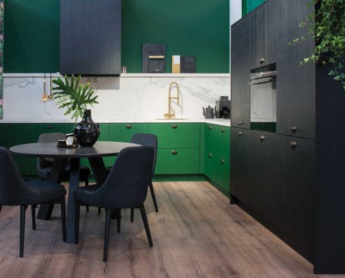 Nyenborgh Botanic Green & Moyland Black Traditional Kitchen